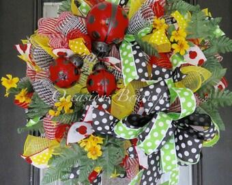 XL Summer Wreath, Lady Bug Wreath, Wreath for Summer, Deco Mesh Wreaths, Front Door Wreath, Door Hanger, Wreath for Door
