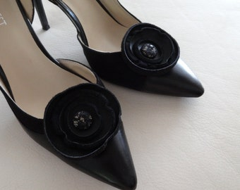 Black leather Circle Rosette shoe clips, Shoe Decorations, Circle Rosette Leather shoe clips