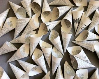 50 Wedding Petal Cones - Paper Cone - Petal Cone - Literary Wedding - Wedding Confetti Cone - Wedding Paper Cone - Wedding Cone - Dictionary