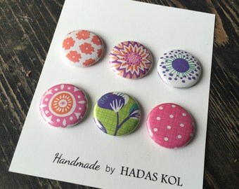 Spring Pink and Green Magnets. Set of 6 magnets.