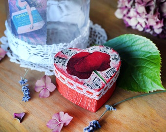 Heart decoupaged box for jewellery or gift, Romantic box, Heart box with flower, Box with poppy, Engagement box