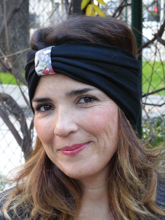 Winter headband. Wide headband, turban, knit fabric and black Japanese. Ideal to replace a hat this winter! Knit ear warmers