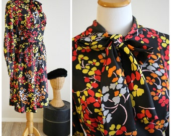 FREE SHIPPING Vintage 60's Mod Black Red Periwinkle gyspy Floral Dress Ascot Bow Tie Collar Miss Magnin ( I Magnin California)