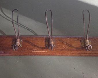 Wooden Coat hanger with 5 hooks