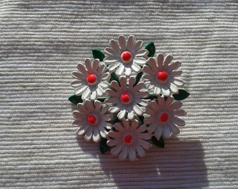 Daisy Brooch Free USA Shipping