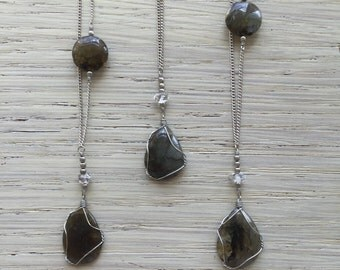 Long labradorite necklace / elegant crystal necklace / boho necklace / bohemian necklace / antique silver necklace / gemstone necklace