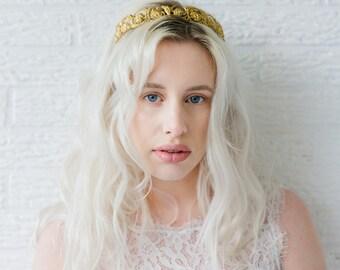 Livia Crown