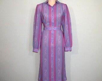 70s Vintage Dress Size Medium Long Sleeve Midi Dress 1970s Retro Pink Lavender Dress Hipster Office Clothing FREE SHIPPING Womens Clothing