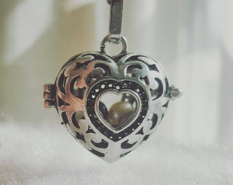Alice in Wonderland Pearl Cage Necklace, Queen of Hearts Pearl Cage for Pick a Pearl Disney, Pick a Pearl Cage Locket, Cage Necklace Disney