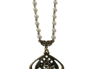 Pearl Statement Necklace, Vintage Statement Necklace, Vintage Pearl Necklace, Long Pearl Necklace, Long Vintage Necklace, Medieval Necklace
