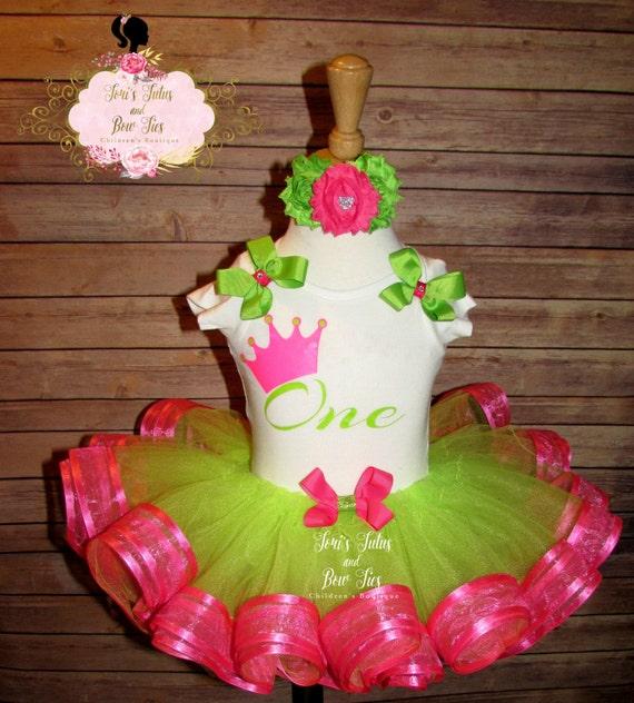First Birthday Outfit. Girls 1st Birthday . Ribbon Tutu. Lime