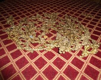 Set of 3, Vintage, Escutcheons, Keyhole, Brass Hardware, Skeleton Key Hole, Art Nouveau, Craft Supplies, Door Knobs, Gold Filigree, DIY