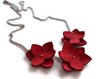 Red flowers necklace, leather flower necklace, leather jewelry