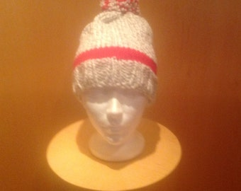 Tuque grey with red border