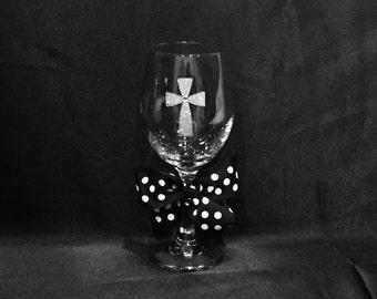 Decorative Wine Glasses--Religious Cross--Personalized Gifts--Personalized White Wine Glass--Rhinestone Cross--Personalized Wedding Favors!!