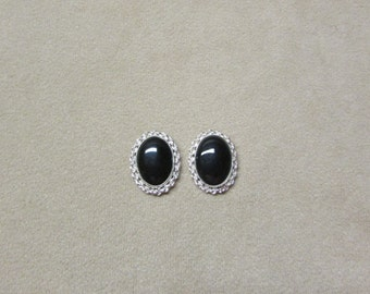 Black Onyx STERLING silver earrings with a delicate rope wire design.