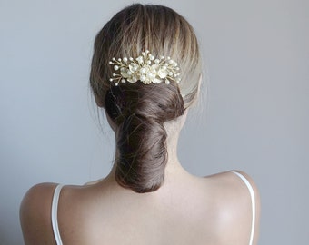 Wedding hair comb.Gold Bridal hair comb.Wedding Hair Accessories.Bridal comb.Wedding hair comb/ Floral Bridal Headpiece