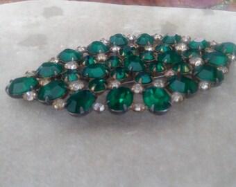 Vintage emerald-green broach