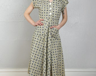SALE- 1940s Nest Print Dress - Small