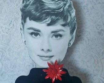 Beautiful, Lipstick Red, Enamel, Flower Pin, Brooch in Mint Condition