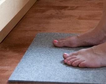 """Wool Felt Floor Cushion Pad - Natural Gray, 15"""" x 17.5"""" x 1/4"""", Floor Mat, Kitchen Mat, Garage Mat"""