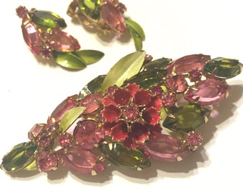 Beautiful Vintage Juliana,D And E, Pink And Olivine Rhinestone And Enamel Floral Brooch And Earring Demi