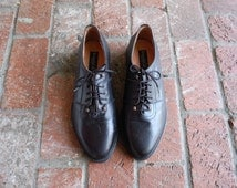 Vintage Mens 10.5 Kenneth Cole Cole New York Black Leather Laced Oxfords Brogues Classic Dress Shoes Wedding Preppy Hipster Fashion Mod Moto