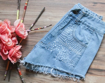High waist vintage denim shorts | Ripped distressed shorts | Sashiko inspired embroidered denim | Festival bohemian short | 70s denim shorts