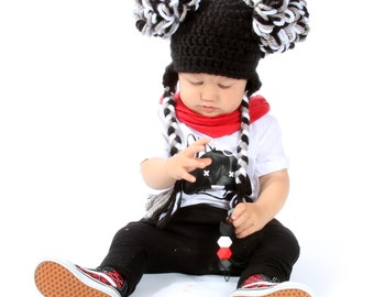 Pom pom hat - Available in every size