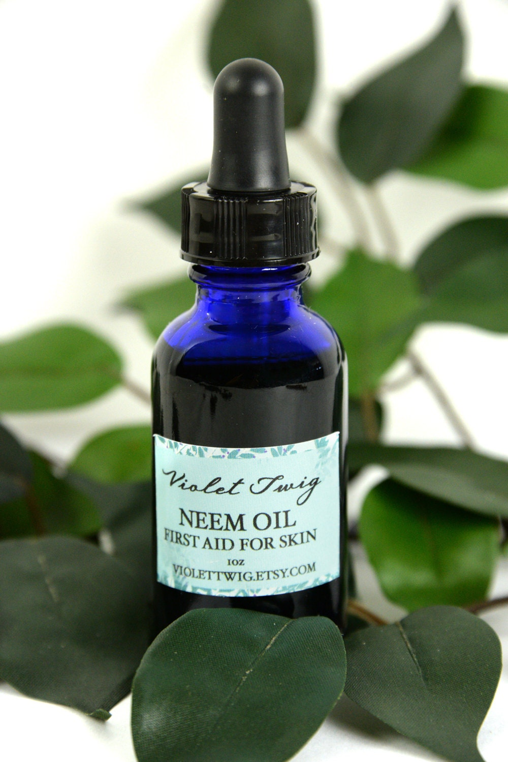 Neem oil natural remedy acne clearing organic face serum