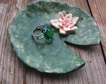 Water Lily Ceramic Plate,Ring Dish,Water Lily Bowl,Ring Dish,Trinket Bowl,Ceramic Water Lily,Jewelry Dish,Green,Pink,Jewelry organizer,cute