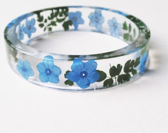Forget me not Bracelet, Resin Flower Bangle Bracelet, Resin bracelet, Real Flower Resin bangle, Flower resin jewelry, Blue, Size S