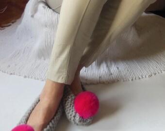 Gray Slippers, Women's Slippers, Wool Chunky Slippers, NON-SLIP Slippers, Ballet Flats, Fur Pom Pom, Gift Wrapped, Handmade Home Shoes