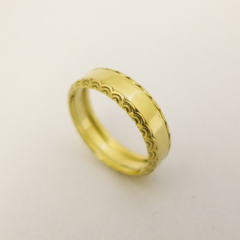 14 karat gold simple wedding ring for men and women Gold ring