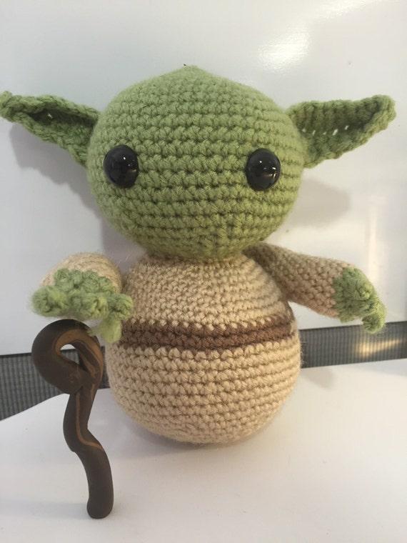 Jedi Master Yoda Amigurumi Pattern : Crochet Yoda Doll Star Wars