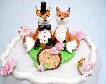 Fox Wedding Cake Topper Gold Cake Topper Bride and Groom Wedding Keepsake Wedding Decoration Fox Cake Toppers Customizable Cake Topper