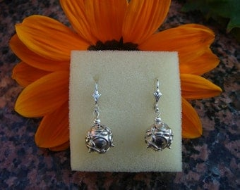 925 Silver Earring with Bali ball!