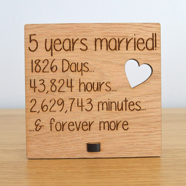5th Year Wedding Anniversary Gift: Wooden Wedding Anniversary Plaque Sign By PrettyPersonalisedUK