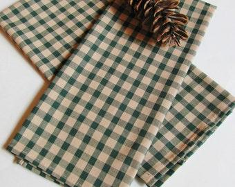 Green/Tan Checkered Gingham Kitchen Linens
