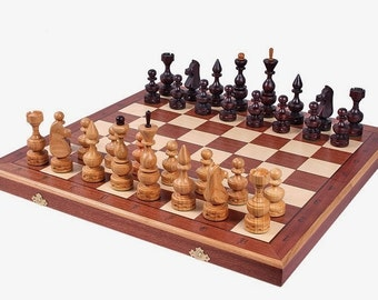 Brand New  Hand Crafted Debiut Wooden Chess Set 50cm x 50cm Weighted Pieces