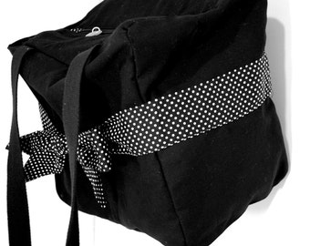 Moletonne belted polka dot diaper bag