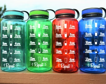Water Tracker Bottle // Time Schedule // Gym // Workout // 21 Day Fix // Wide Mouth 34oz Plastic Bottle // Tritan // CUSTOM COLORS AVAILABLE
