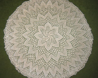 Hand knitted creamy-natural doily. Hand knitted tablecloth. Handmade decoration. Pure cotton.  Round doily, 56 cm / 22 inches /