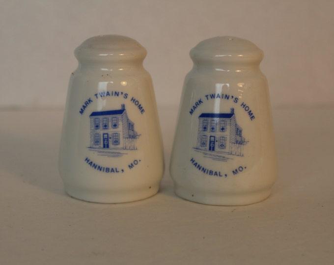 Vintage Mark Twain Missouri Souvenir Salt and Pepper Shakers