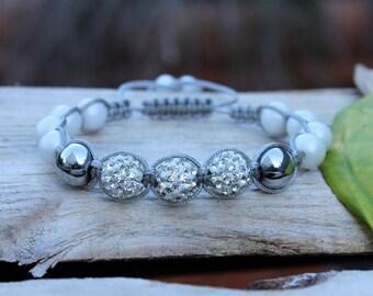 Pearl bridal bracelet, Adjustable cord bracelet, Wedding bracelet, Bridal jewelry, Bridesmaid bracelet, Wedding jewelry, Macrame bracelet