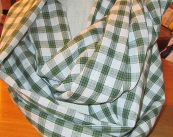 Infinity Scarf/Loop Scarf/ Cowl/Women/Teen/handmade/green and white cotton plaid/Gifts
