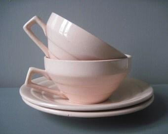 2 French Vintage Coffee Cups Tea Cups Art Deco Pale Pink