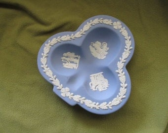 Wedgewood blue jasperware club ashtray