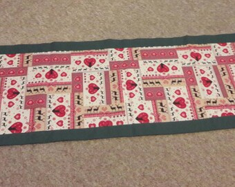 Stag print xmas table runner