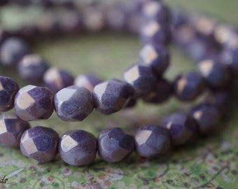 Opaque Lavender, Czech Beads, N1713